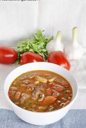 Суп рагу из баранины с фасолью