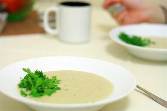 Картофельно луковый суп пюре