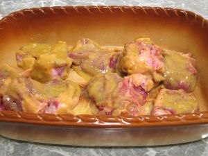 Баранина, запеченная в медово горчичном соусе