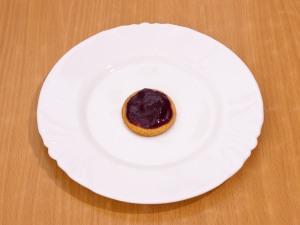 Ванильное печенье с джемом и орехами
