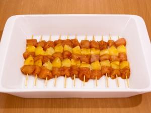 Шашлычки Домашние с куриным филе и ананасами