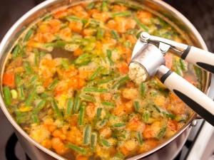 Суп с картофелем и стручковой фасолью