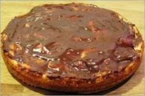 Как приготовить вкусный пирог с глазурью и повидлом
