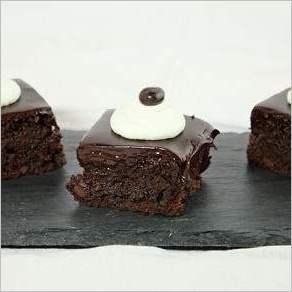 Кофейно шоколадные брауни с помадкой
