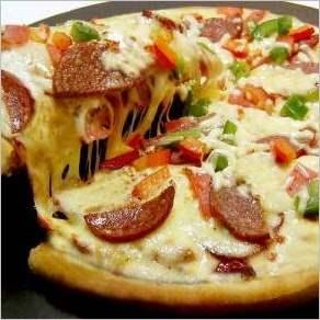 Пицца с итальянскими колбасками