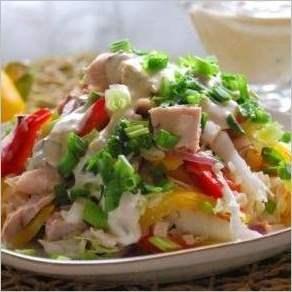 Салат с куриным филе Радуга