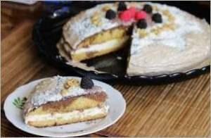 Сливочно шоколадный торт Пина Колада