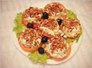 Закуска помидорная с сыром