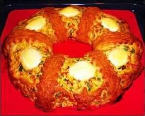 Закусочный куриный торт паштет «Рождественское кольцо»