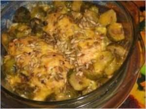 Запеканка с куриными грудками и брюссельской капустой