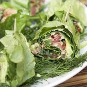 Зеленые роллы в листьях салата Здоровье